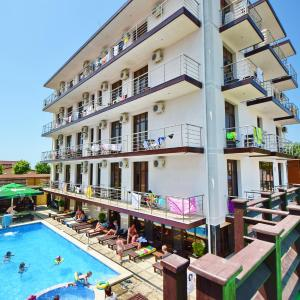 Zdjęcia hotelu: Omega Hotel, Vityazevo