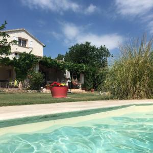 Hotel Pictures: La Vignarelle, Callas