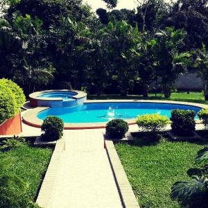 Hotel Pictures: Quinta La Rosa, Orotina