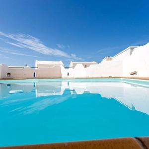 Hotel Pictures: Apartment with Pool near the Sea GC20, Gáldar