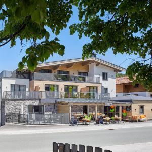 Fotos do Hotel: Kristall Plaza, Niederau
