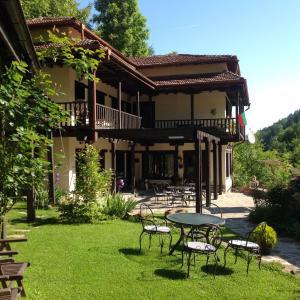 Фотографии отеля: Vila Verbena, Apriltsi