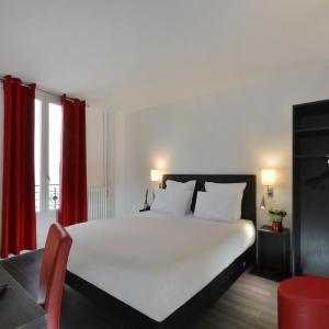 Hotel Pictures: Hotel Douglas, Puteaux