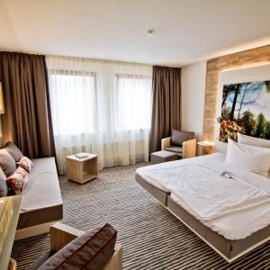 Hotelbilleder: Landhotel Am Rothenberg, Volpriehausen