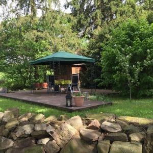 Hotel Pictures: Ferienwohnung-Schulsaal, Orlenbach