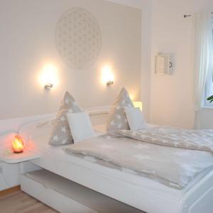 Hotel Pictures: Bergkristall-Appartement, Reußenköge