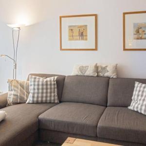 Hotel Pictures: Ferienhaus-Finja, Dornumersiel