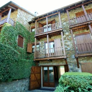 Hotel Pictures: TPA Casa en La Pleta de Saga, Ger