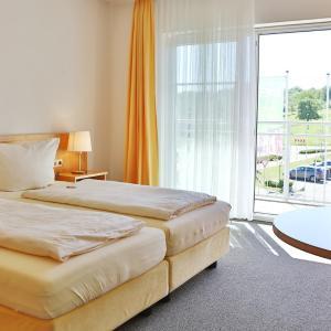 Hotel Pictures: Hotel Alznauer Hof, Gomaringen