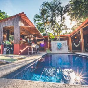 Hotel Pictures: Hotel Mahayana, Tamarindo