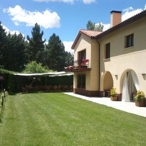 Hotel Pictures: Hotel Rural Villarromana, Saldaña