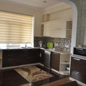 Fotos do Hotel: Ferid Apartament, Baku