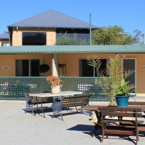 Hotel Pictures: Jurien Beachfront Holiday Units, Jurien Bay