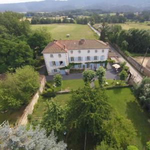 Hotel Pictures: Domaine La Reveille, Dore-l'Église