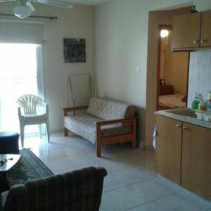 Hotel Pictures: Christoforou Apartment, Tersephanou