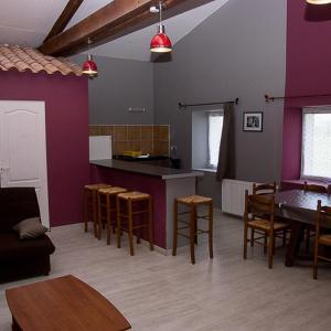 Hotel Pictures: gites85, La Forêt-sur-Sèvre