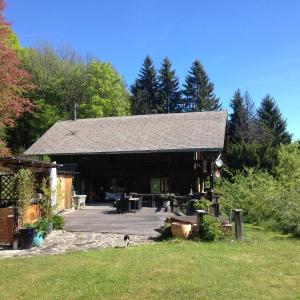 Hotel Pictures: Chalet Ingas, Troistorrents