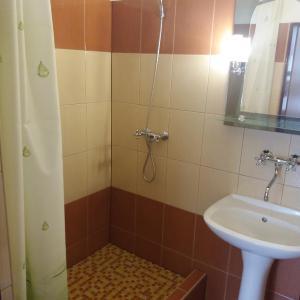 Hotel Pictures: Retro Vrbovec, Vrbovec