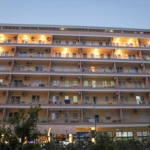 Foto Hotel: Hotel Adria, Shëngjin