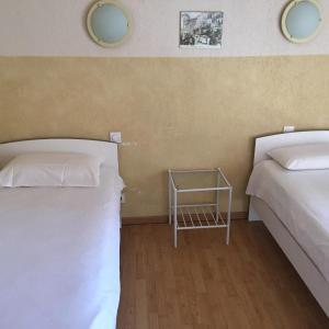 Hotel Pictures: Hôtel Le Salagou, Clermont-l'Hérault