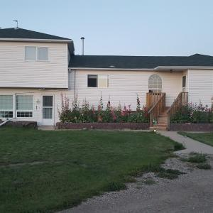 Hotel Pictures: Coal Creek Estates, Nanton