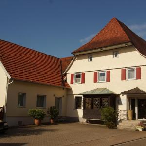 Hotel Pictures: Landhaus Staufenberg, Gernsbach