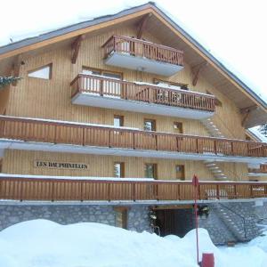 Hotel Pictures: Dauphinelles, Les Allues