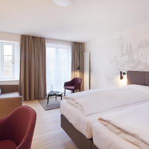 Hotel Pictures: Hotel Gasthof zum Ochsen, Arlesheim