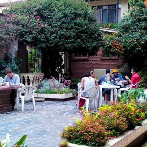 Hotel Pictures: Hostal Elisa, Cochabamba