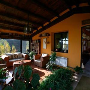 Hotel Pictures: Hostal Rural La Calera, San Millán de la Cogolla
