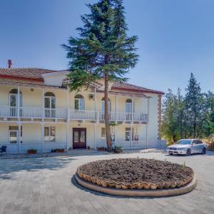 Hotellikuvia: Badiauri Complex, Kachret'i