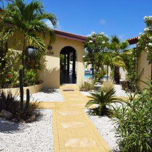 Hotelbilleder: Caribbean Wave, Palm-Eagle Beach