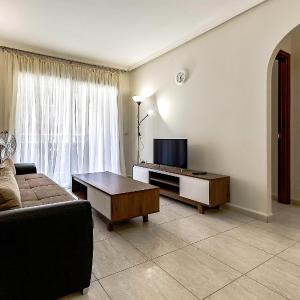 Hotel Pictures: Apartments Los Rosales, San Isidro