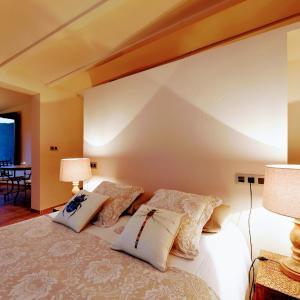 Hotel Pictures: Dalt Vila, Eslida