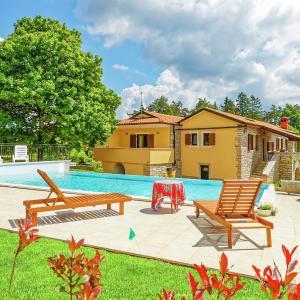 Hotellikuvia: Villa Sany, Pazin