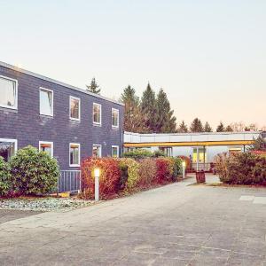 Hotel Pictures: DJH Jugendherberge Biggesee, Olpe