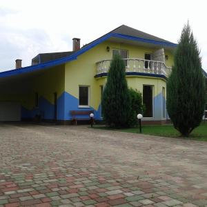 Hotel Pictures: Cottage in Mukhavets, Mukhavets