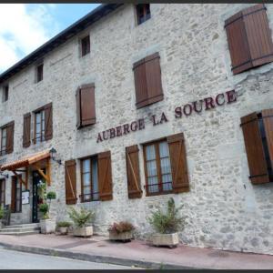 Hotel Pictures: Auberge la Source - Logis Hôtels, Cieux