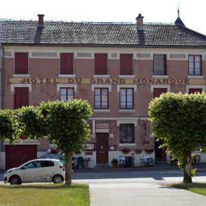 Hotel Pictures: Hotel du Grand Monarque, Varennes-en-Argonne