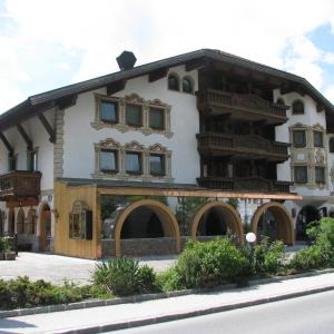 ホテル写真: Hotel Tyrolis, ツィルル