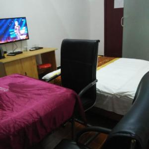 Hotel Pictures: Taohuayuan Hotel Nanjiang, Nanjiang