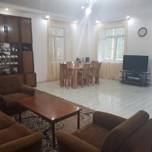 Hotellikuvia: Guesthouse Nenskra, K'veda Marghi