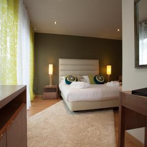 Hotel Pictures: Domaine de Chalvêches, Faugères