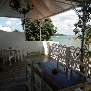 Hotel Pictures: Amigos Apartamentos, Itaparica Town
