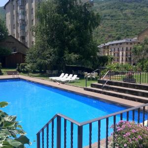 Hotel Pictures: Hotel Pey, Sort