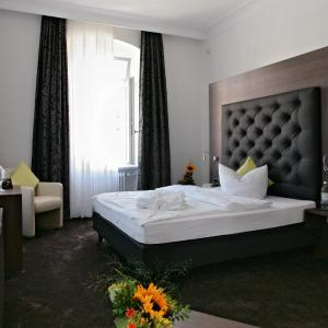Hotel Pictures: Badhotel Bad Brückenau, Staatsbad Brückenau