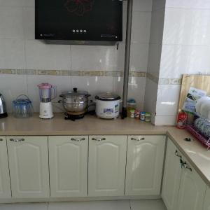 Hotel Pictures: Dongdaihe Chen Yuan Yi Jia Apartment, Huludao