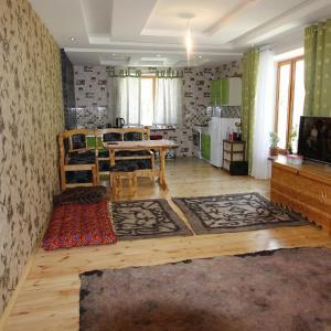 Фотографии отеля: Hostel KhorogStay, Khorugh