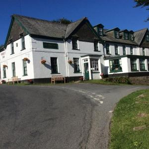 Hotel Pictures: The Forest Inn Dartmoor, Yelverton