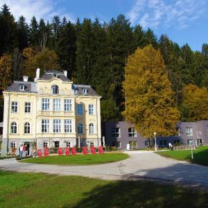 Hotellikuvia: Villa Sonnwend National Park Lodge, Rossleithen
